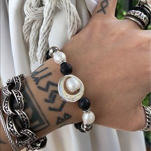 Fresh water pearl & black lava rock bead bracelet